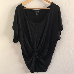 West seal loose fitting top